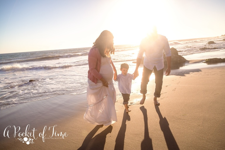 Maternity photo taken at El Matador beach in Malibu, CA by a pocket of time photography
