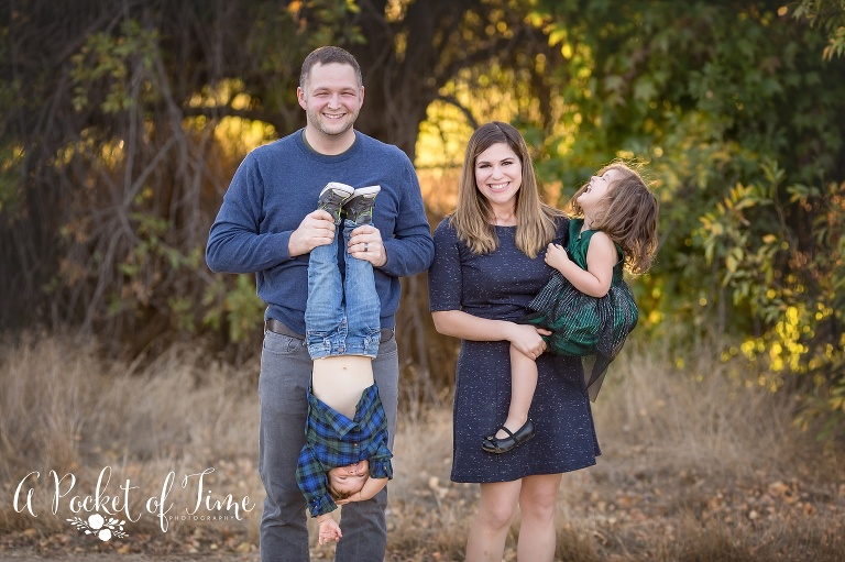 Family photo taken at Woodley PArk in Van Nuys, CA by a pocket of time photography
