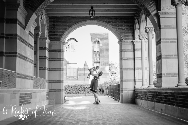 Outdoor maternity shoot at UCLA by Los Angeles maternity photographer A Pocket of Time Photography