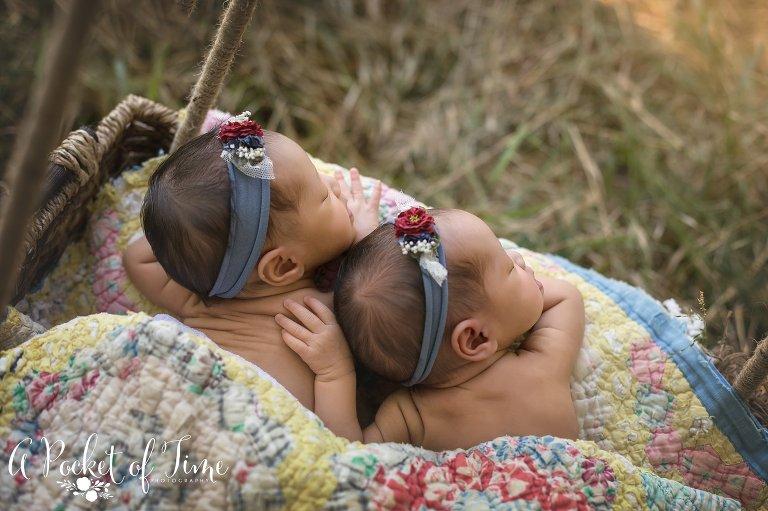 Outdoor newborn photography_0886.jpg